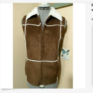 RELATIVITY Sueded Furry Vest S Brown White sherpa